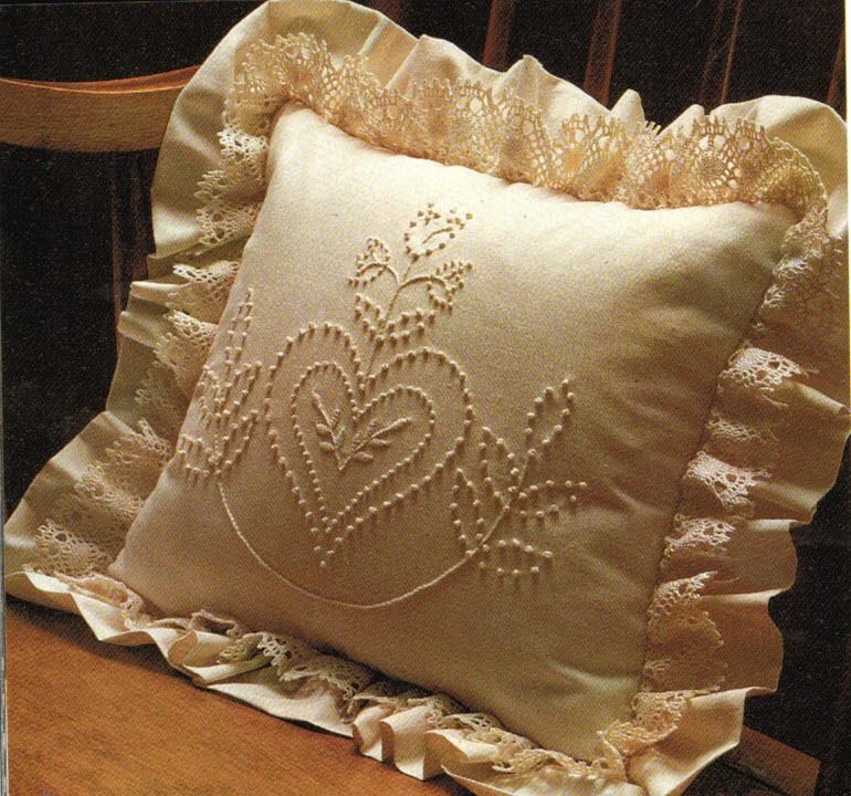 Stoffe per cuscini forme e imbottiture cucitomania for Divani in stoffa
