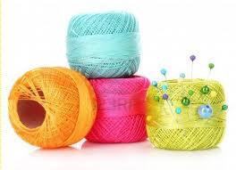 unendo fili di colore diverso